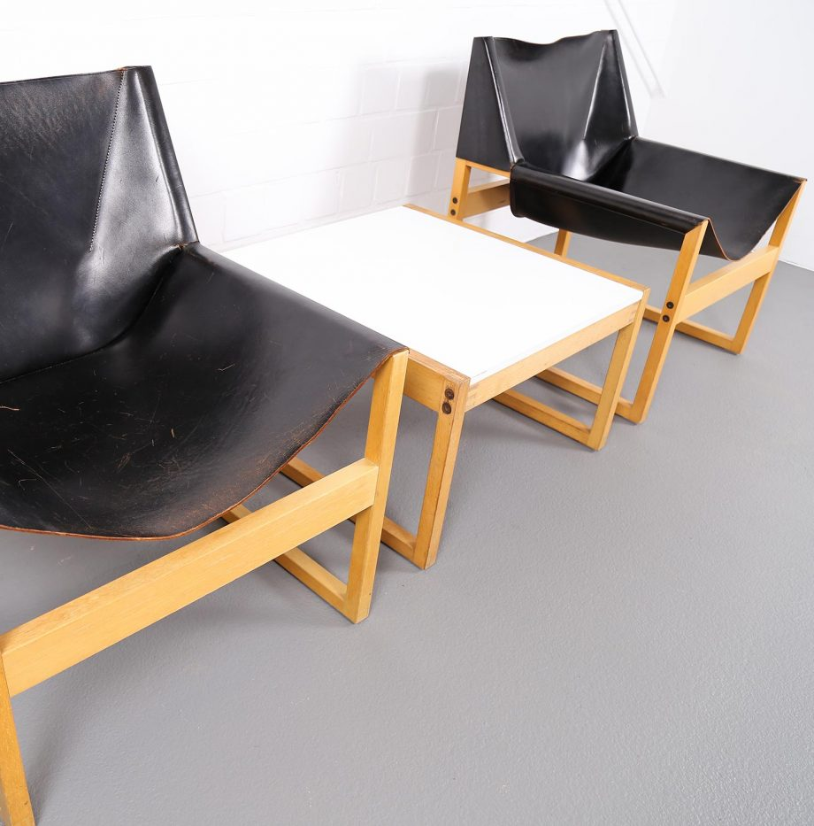 Architect_Armchairs_Sidetable_Architekt_Schell_Goettingen_Graphical_Leather_Easy_Chairs_60er_15