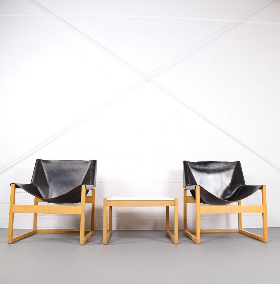Architect_Armchairs_Sidetable_Architekt_Schell_Goettingen_Graphical_Leather_Easy_Chairs_60er_21