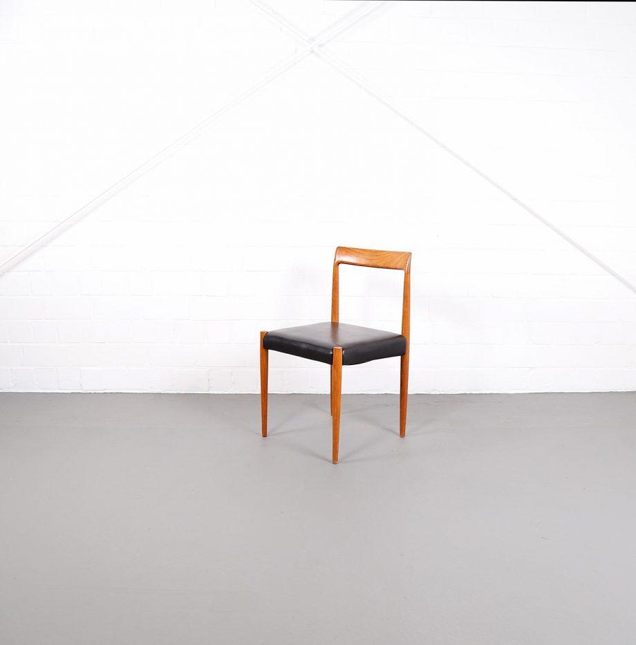 Dining_Chairs_Luebke_minimalsm_Danish_Design_Esszimmerstuehle_Teak_60er_Vintage_2