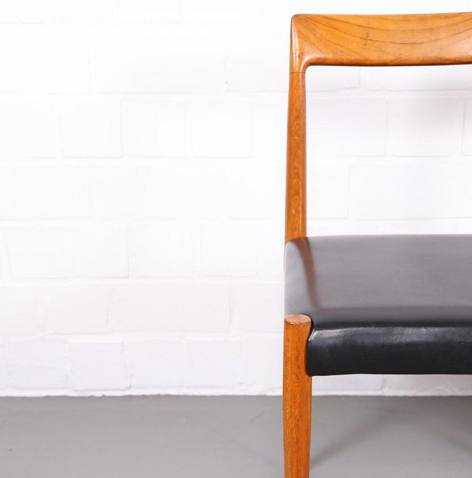 Dining_Chairs_Luebke_minimalsm_Danish_Design_Esszimmerstuehle_Teak_60er_Vintage_5