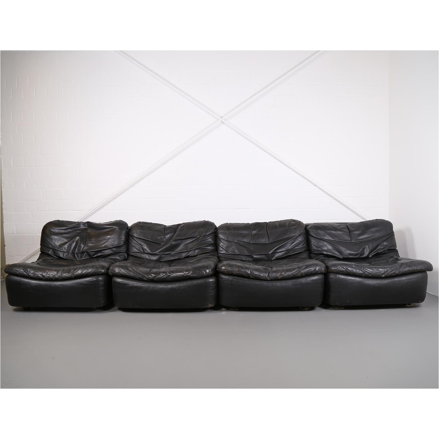 vintage modular leather sofa from dreipunkt international cor dekaden. Black Bedroom Furniture Sets. Home Design Ideas