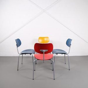 Wilde & Spieth Egon Eiermann SE 68 Stuhl Chair Vintage Designklassiker gebraucht gelb rot blau Designerstuhl kaufen