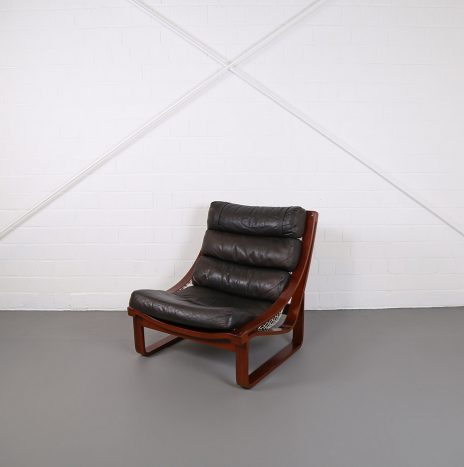 Leather Lounge Chair T4 by Fred Lowen for Tessa Australia Teak