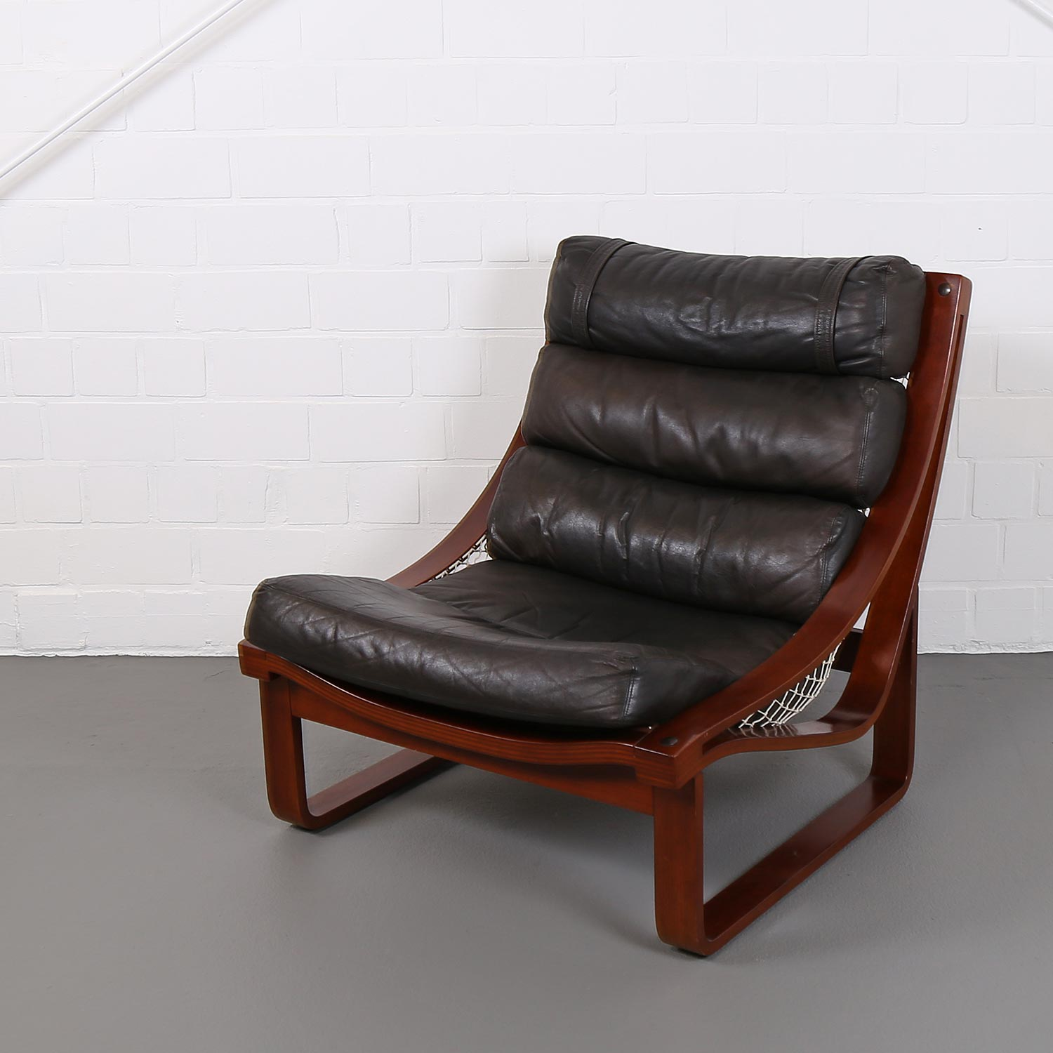 Leather Lounge Chair T4 By Fred Lowen For Tessa Australia