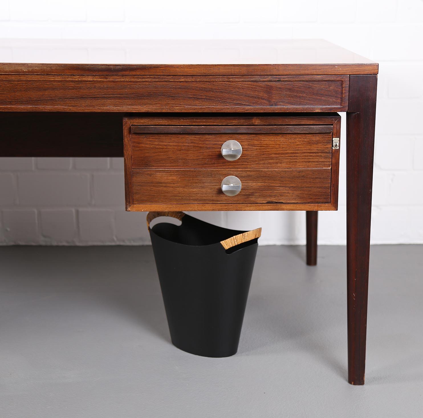 wastepaper basket papierkorbgrethe kornerup bang finn juhl orskov co 50er 60er danish. Black Bedroom Furniture Sets. Home Design Ideas