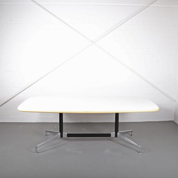 Ray & Charles Eames Herman Miller Segmented Table Vitra Conference Table Dining Vintage Midecentury Modern Design Classics Designklassier gebraucht