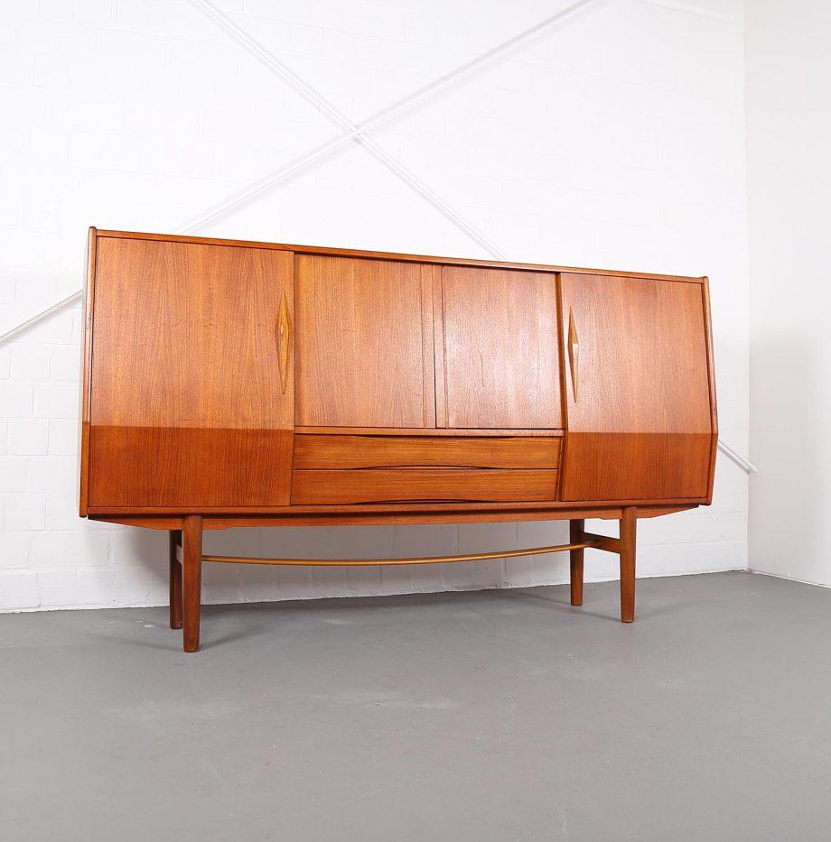 sideboard designklassiker die neueste innovation der. Black Bedroom Furniture Sets. Home Design Ideas