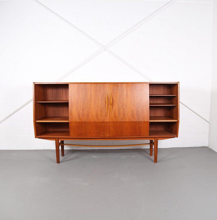 sideboard designklassiker innenr ume und m bel ideen. Black Bedroom Furniture Sets. Home Design Ideas