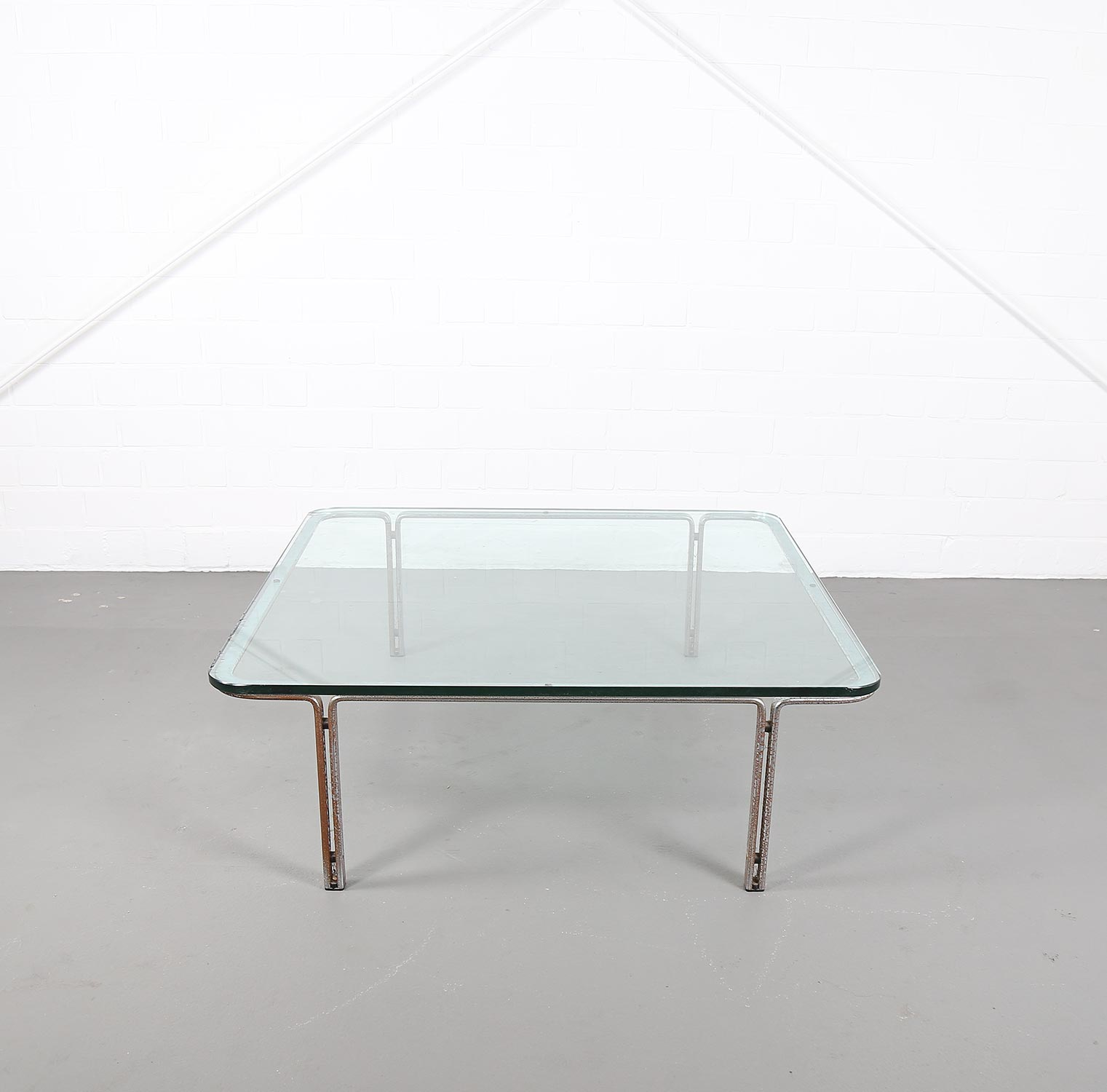 Kill international horst bruening coffee table for Designklassiker gebraucht