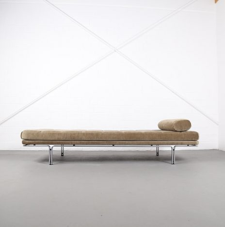 Daybed Modell 6915 Horst Brüning for Kill International