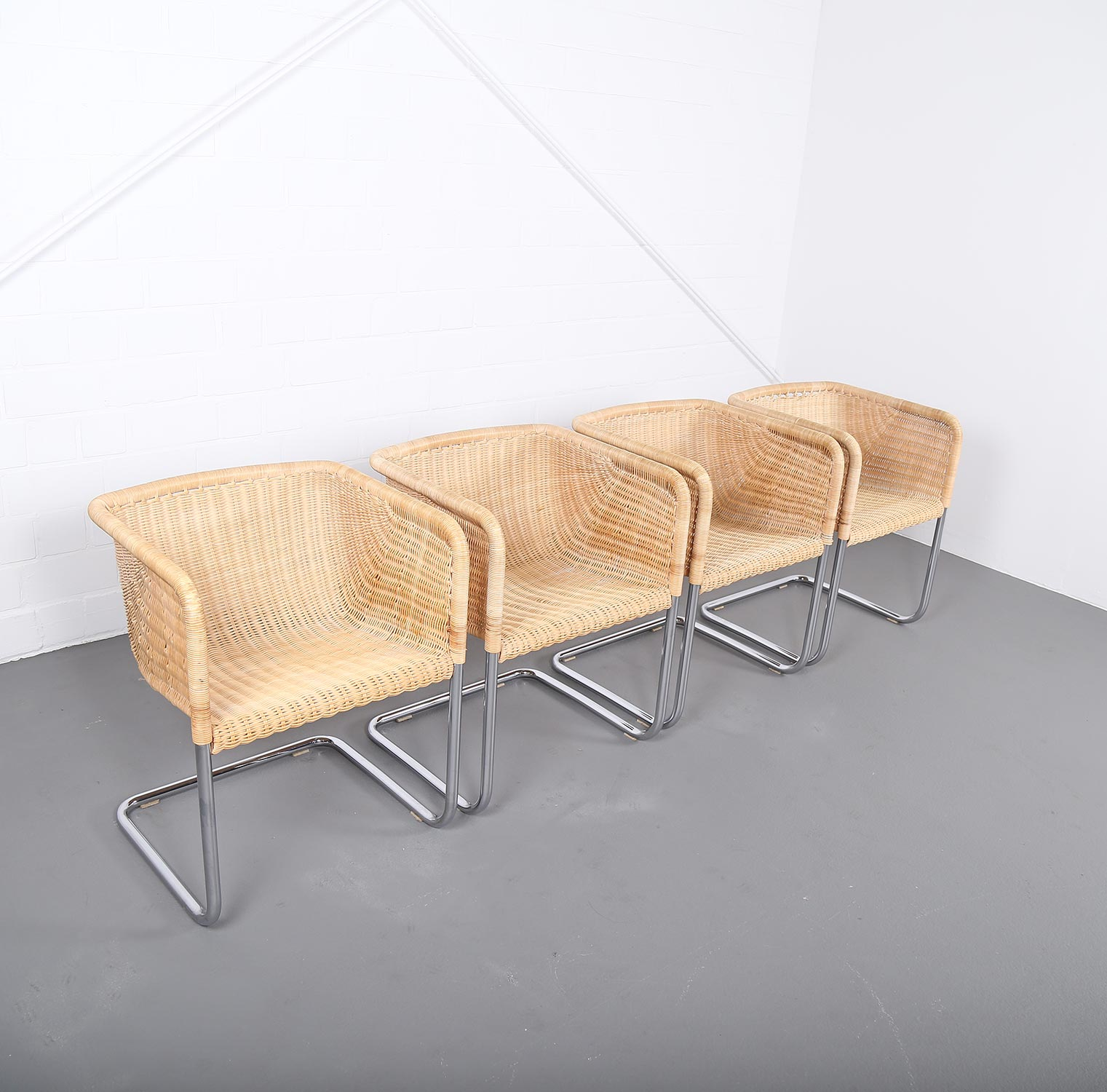 Tecta d43 chair stuhl wicker kastholm fabricius mart stam for Stuhl design bauhaus