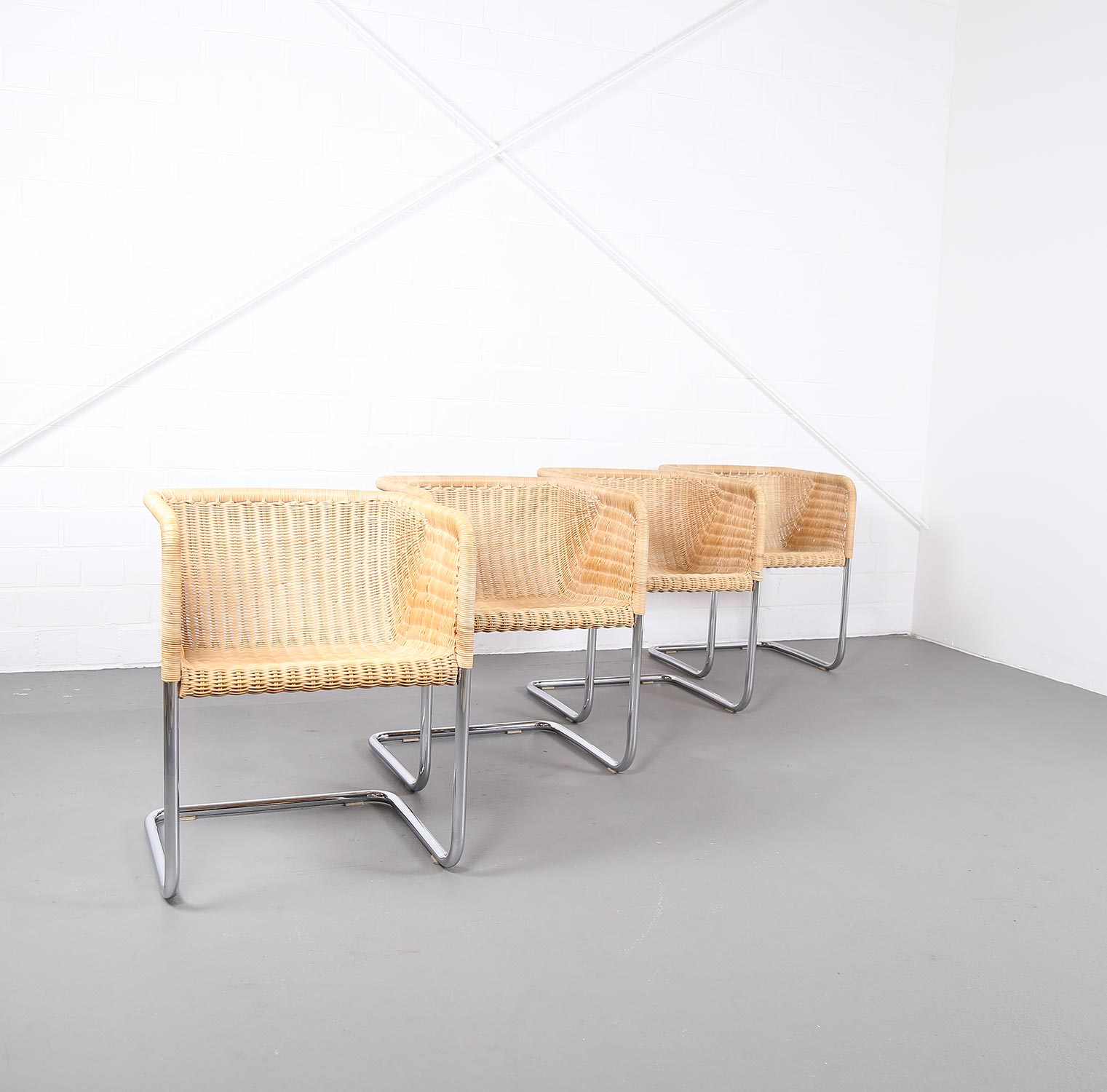 4er set freischwinger d43 stahlrohr von tecta bauhaus mart stam marcelbreuer ra ebay. Black Bedroom Furniture Sets. Home Design Ideas
