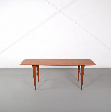Danish Design Coffee Table in the manner of Peter Hvidt for France & Søn