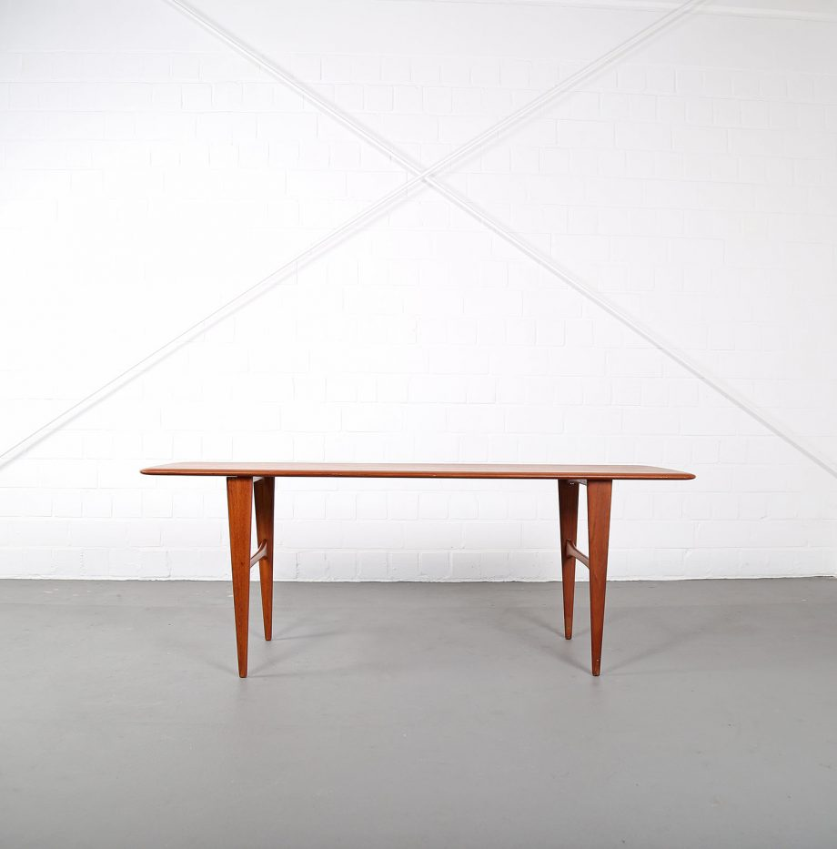 danish_design_teak_coffee_table_sofatisch_couchtisch_60er_60s_denmark_hvidt_france_son_juhl_03