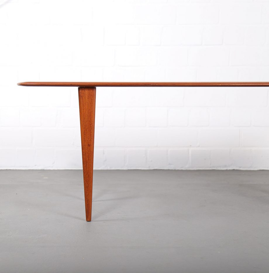 danish_design_teak_coffee_table_sofatisch_couchtisch_60er_60s_denmark_hvidt_france_son_juhl_06