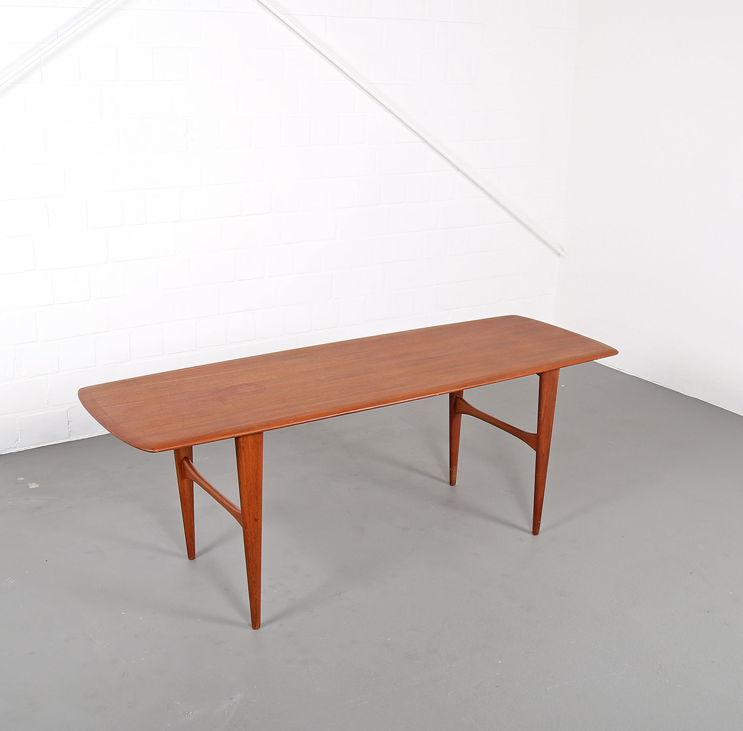 Danish design teak coffee table tisch 60er peter hvidt for 60s table design