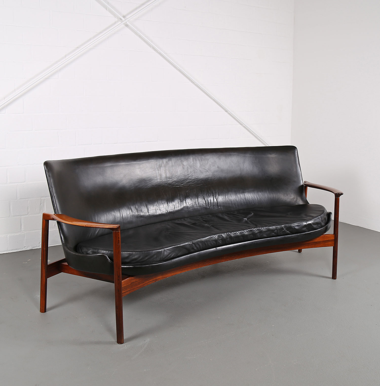 Couch design klassiker  Rare Leather Sofa Ib Kofod-Larsen for Larsen & Christensen (attr ...