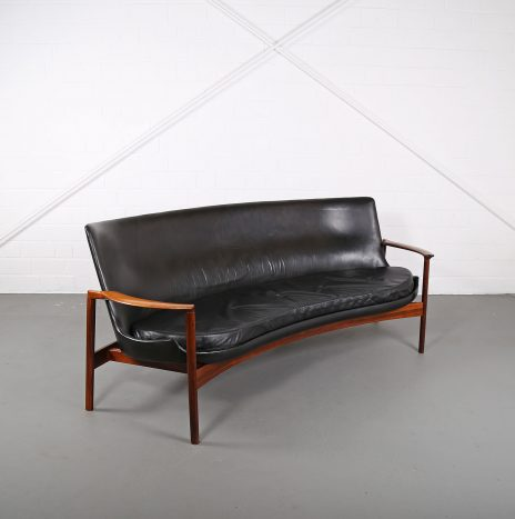 Rare Leather Sofa Ib Kofod-Larsen for Larsen & Christensen (attr.)