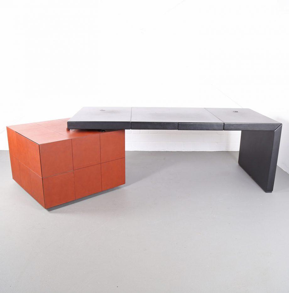 lella_massimo_vignelli_leder-schreibtisch_leather_office_desk_ceo_poltrona_frau_italy_12