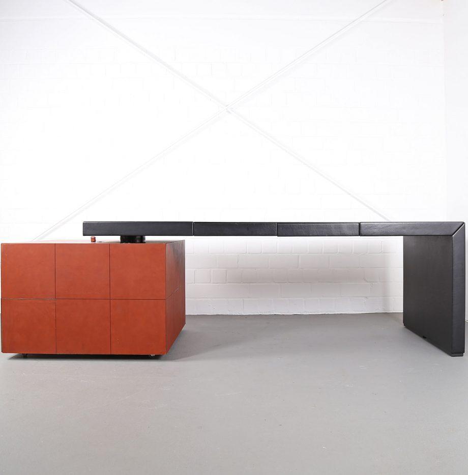 lella_massimo_vignelli_leder-schreibtisch_leather_office_desk_ceo_poltrona_frau_italy_2