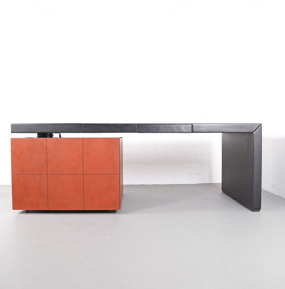 lella_massimo_vignelli_leder-schreibtisch_leather_office_desk_ceo_poltrona_frau_italy_22