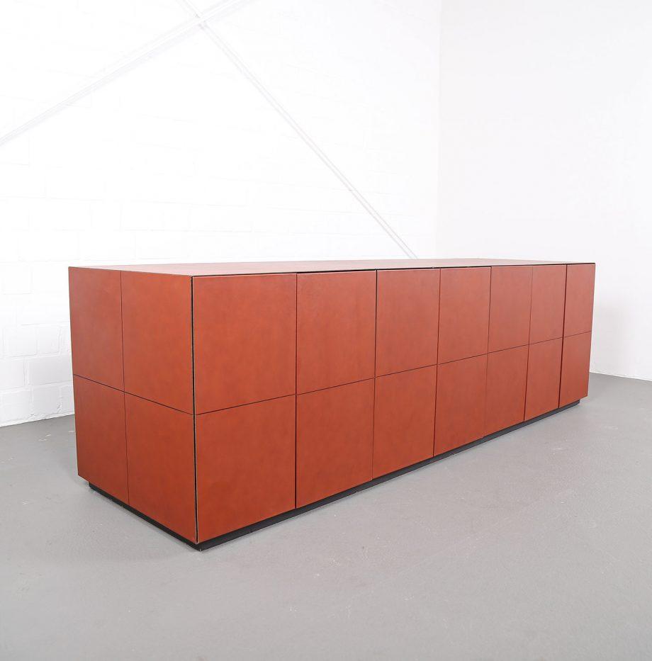lella_massimo_vignelli_leder-sideboard_leather_credenza_ceo_poltrona_frau_italy_06