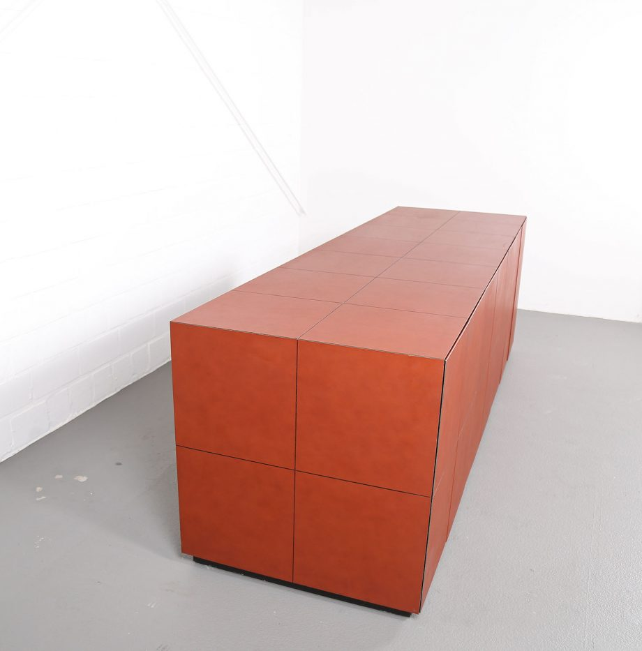 lella_massimo_vignelli_leder-sideboard_leather_credenza_ceo_poltrona_frau_italy_07