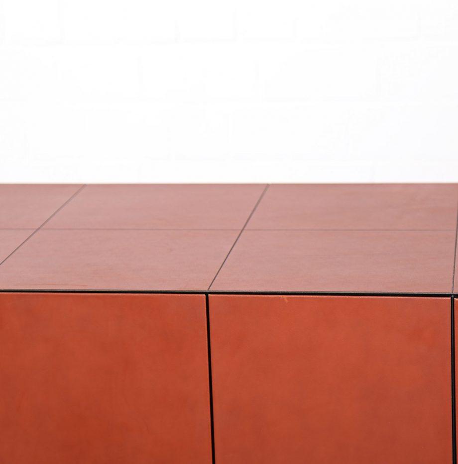 lella_massimo_vignelli_leder-sideboard_leather_credenza_ceo_poltrona_frau_italy_09