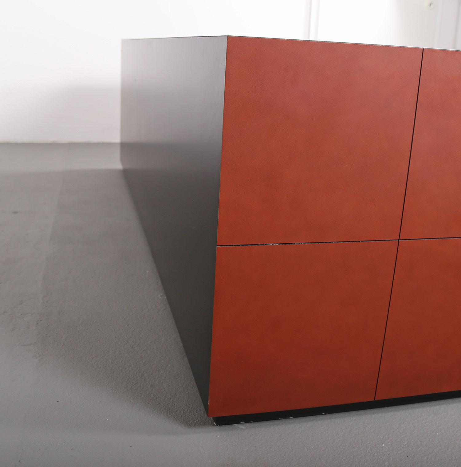 leder sideboard leather credenza c e o cube lella. Black Bedroom Furniture Sets. Home Design Ideas