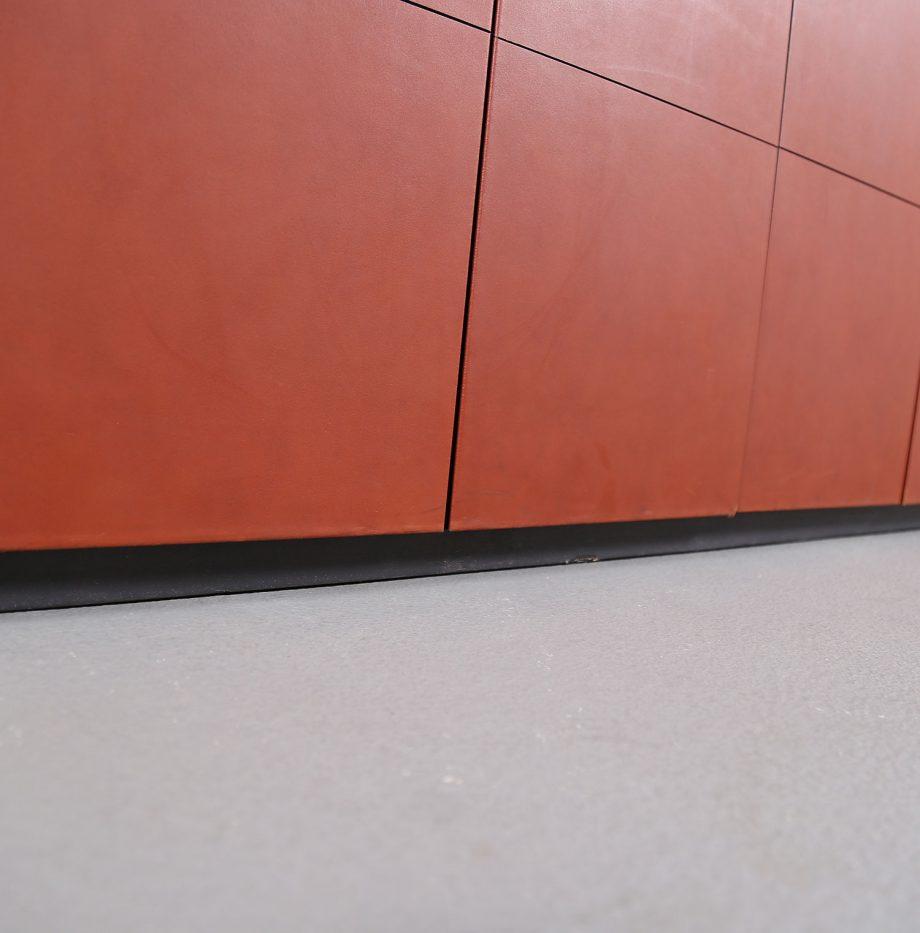 lella_massimo_vignelli_leder-sideboard_leather_credenza_ceo_poltrona_frau_italy_21