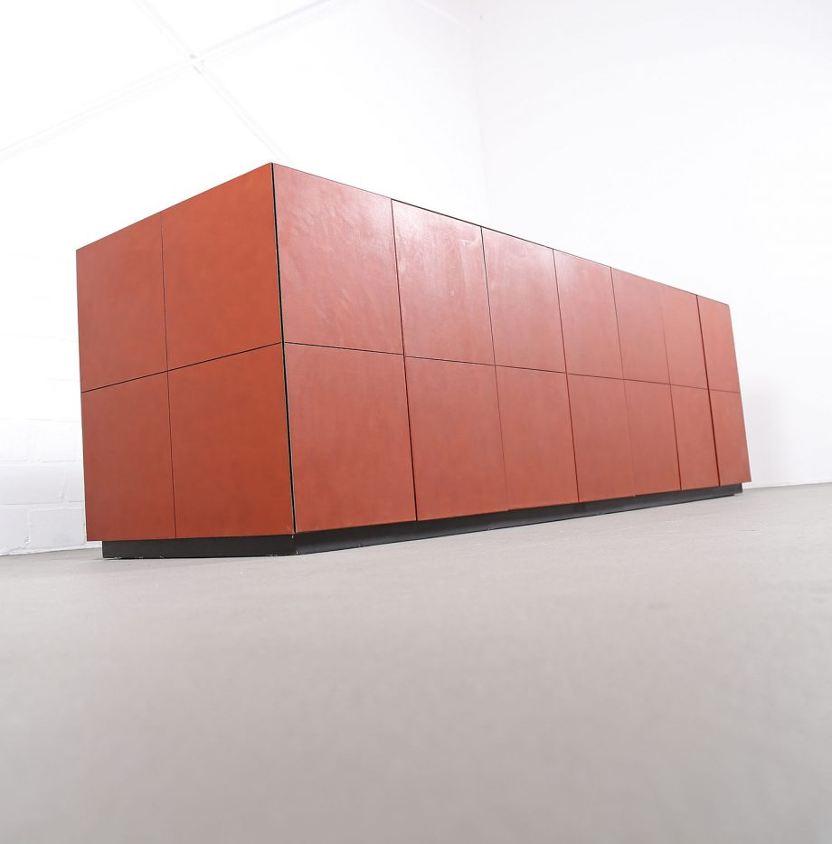 lella_massimo_vignelli_leder-sideboard_leather_credenza_ceo_poltrona_frau_italy_22