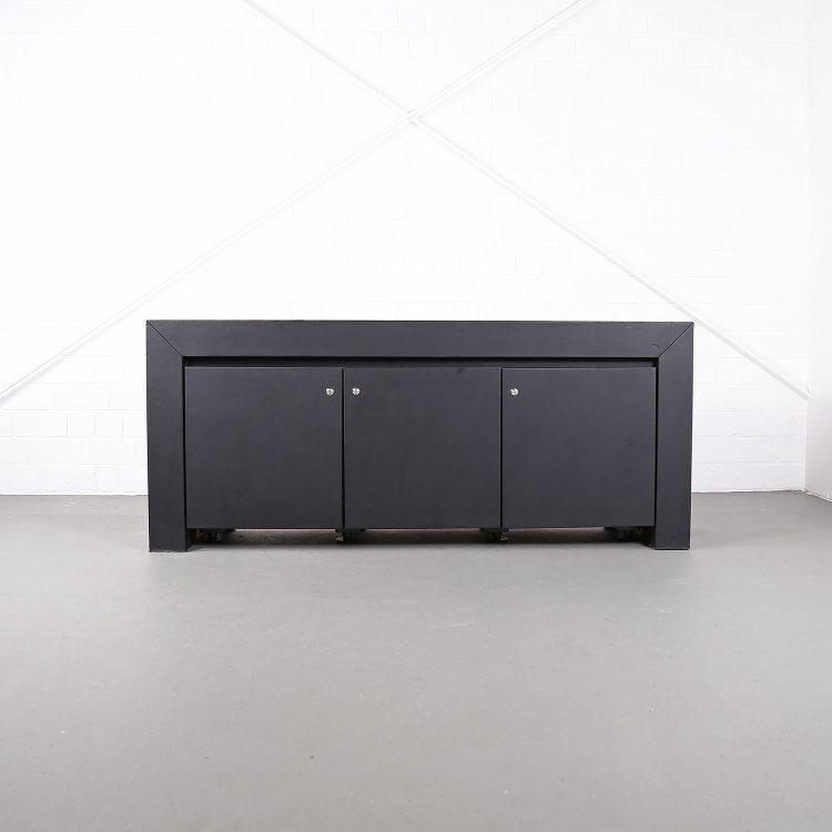 lella und massimo vignelli schwarzes black leder-sideboard leather credenza ceo poltrona frau designed in italy