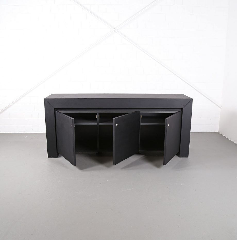 lella_massimo_vignelli_schwarzes_leder-sideboard_leather_credenza_ceo_poltrona_frau_italy_07
