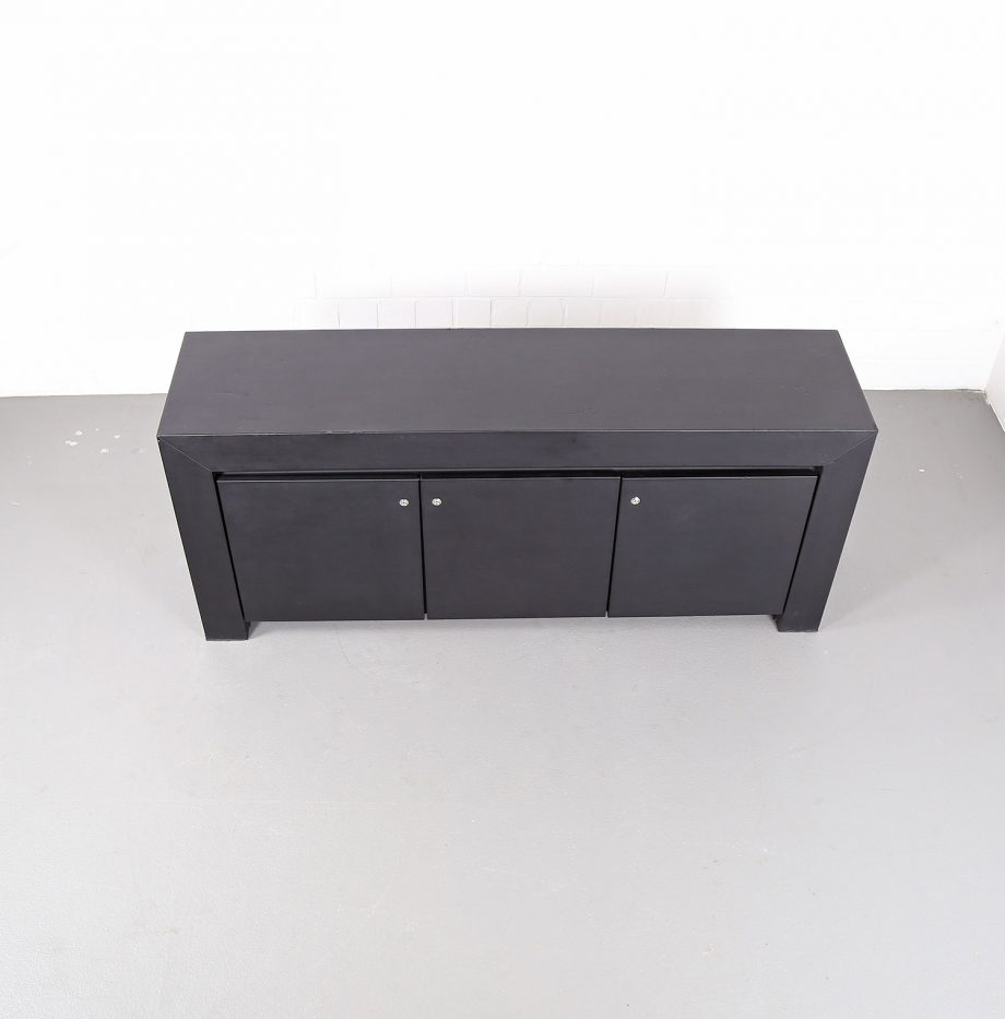 leder sideboard leather credenza black c e o cube lella. Black Bedroom Furniture Sets. Home Design Ideas