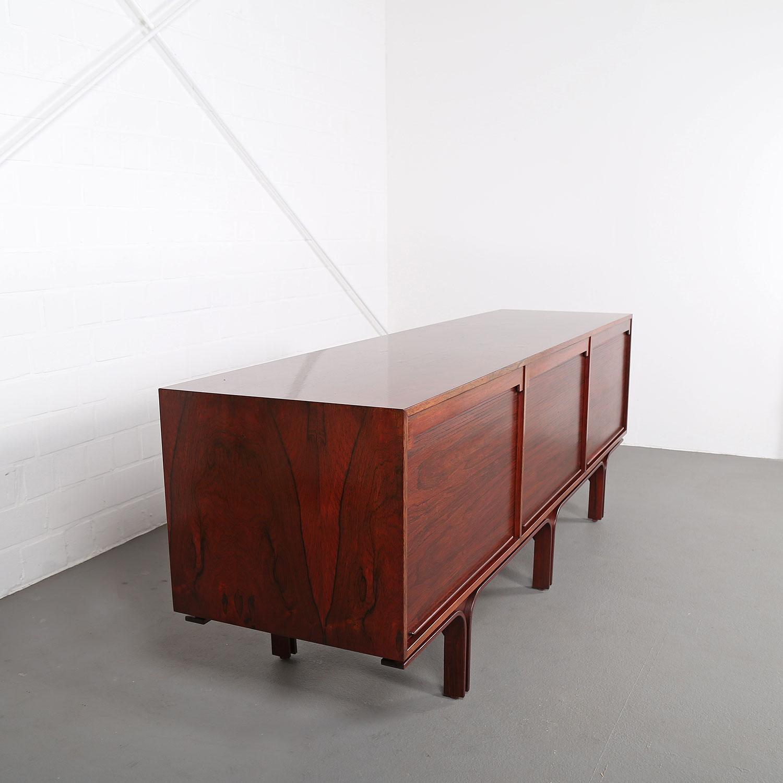 palisander sideboard rosewood credenza gianfranco frattini bernini 60s italy design 12 dekaden. Black Bedroom Furniture Sets. Home Design Ideas