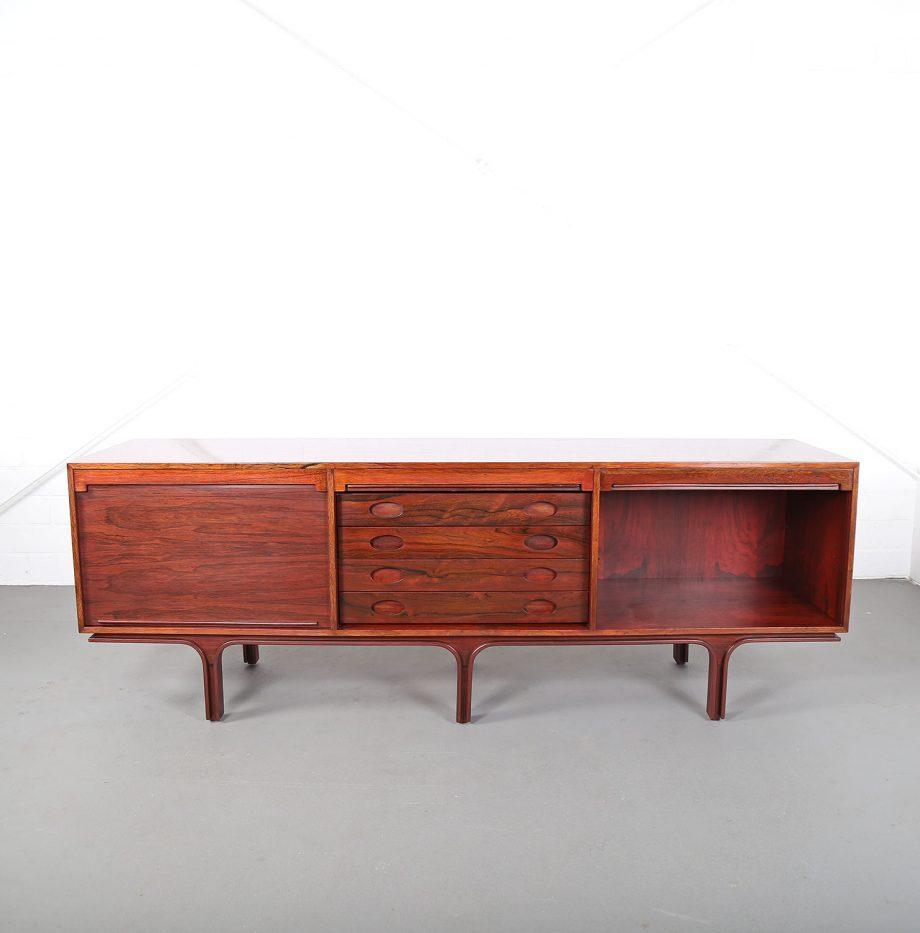 Palisander Sideboard_Rosewood_Credenza_Gianfranco_Frattini_Bernini_60s_Italy_Design_32