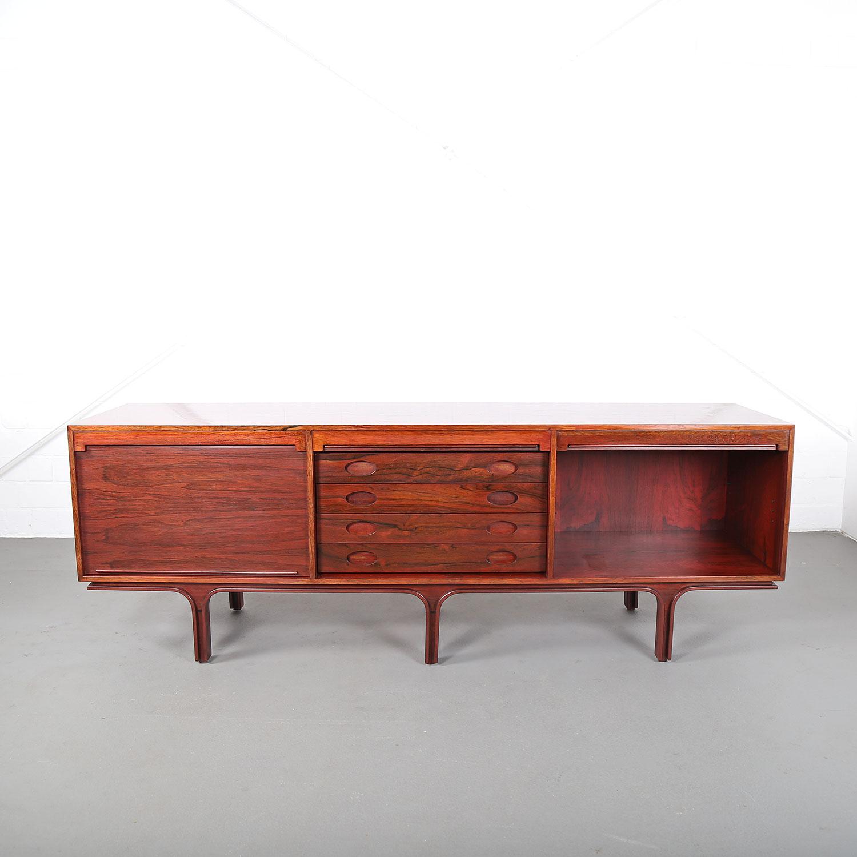 palisander sideboard rosewood credenza gianfranco frattini. Black Bedroom Furniture Sets. Home Design Ideas