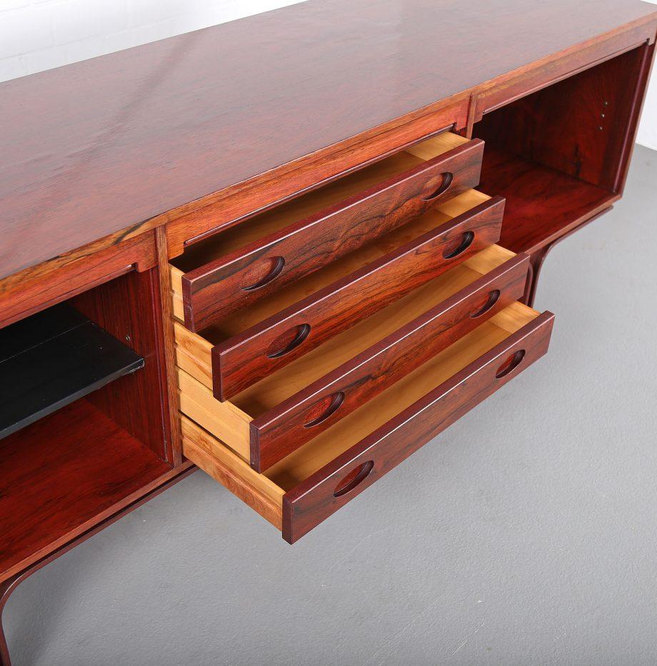 Palisander Sideboard_Rosewood_Credenza_Gianfranco_Frattini_Bernini_60s_Italy_Design_33