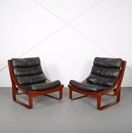 Set of 2 Leather Lounge Chairs T4 by Fred Lowen for Tessa Australia Teak
