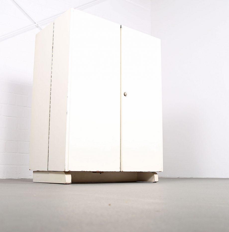 mumenthaler_meier_desk_in_a_box_magic_box_schreibtischschrank_folding_desk_50er_50s_05