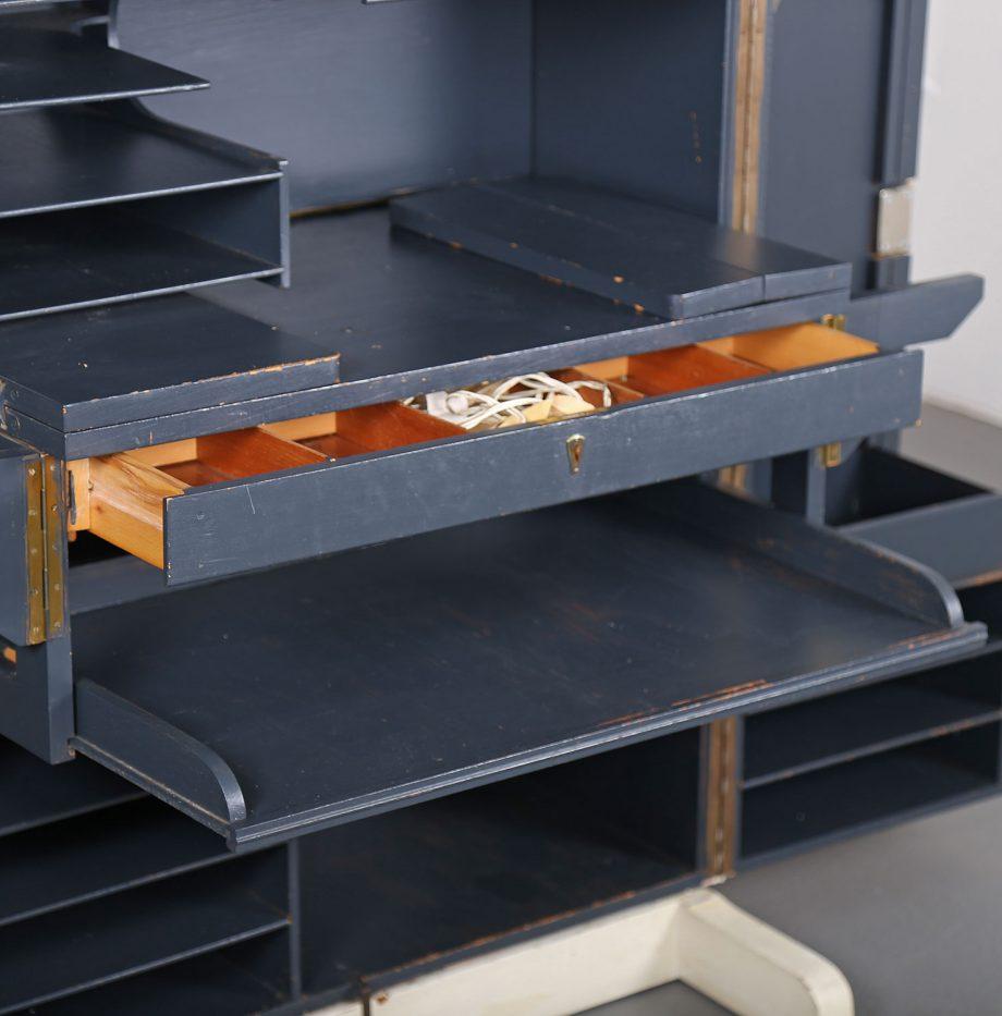 mumenthaler_meier_desk_in_a_box_magic_box_schreibtischschrank_folding_desk_50er_50s_23