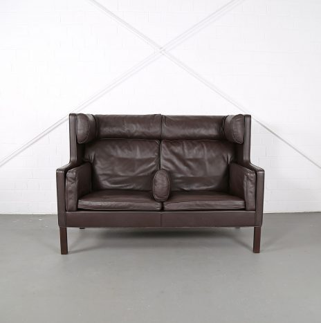 Danish Coupe Sofa 2192 by Børge Mogensen for Fredericia