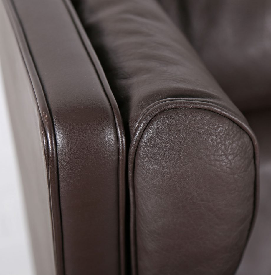 Coupe_Sofa_Borge_Mogensen_Fredericia_Modell_2192_Ledersofa_braun_leather_darkbrown_2-seater_09
