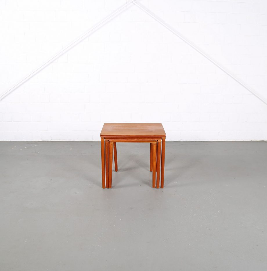 Danish_Teak_Nesting_Tables_EW_Bach_Mobelfabrikken_Toften_1960_Satztische_01
