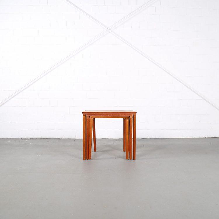 Danish Design Teak Nesting Tables E. W. Bach for Møbelfabrikken Toften 60s 60er Satztische gebraucht kaufen