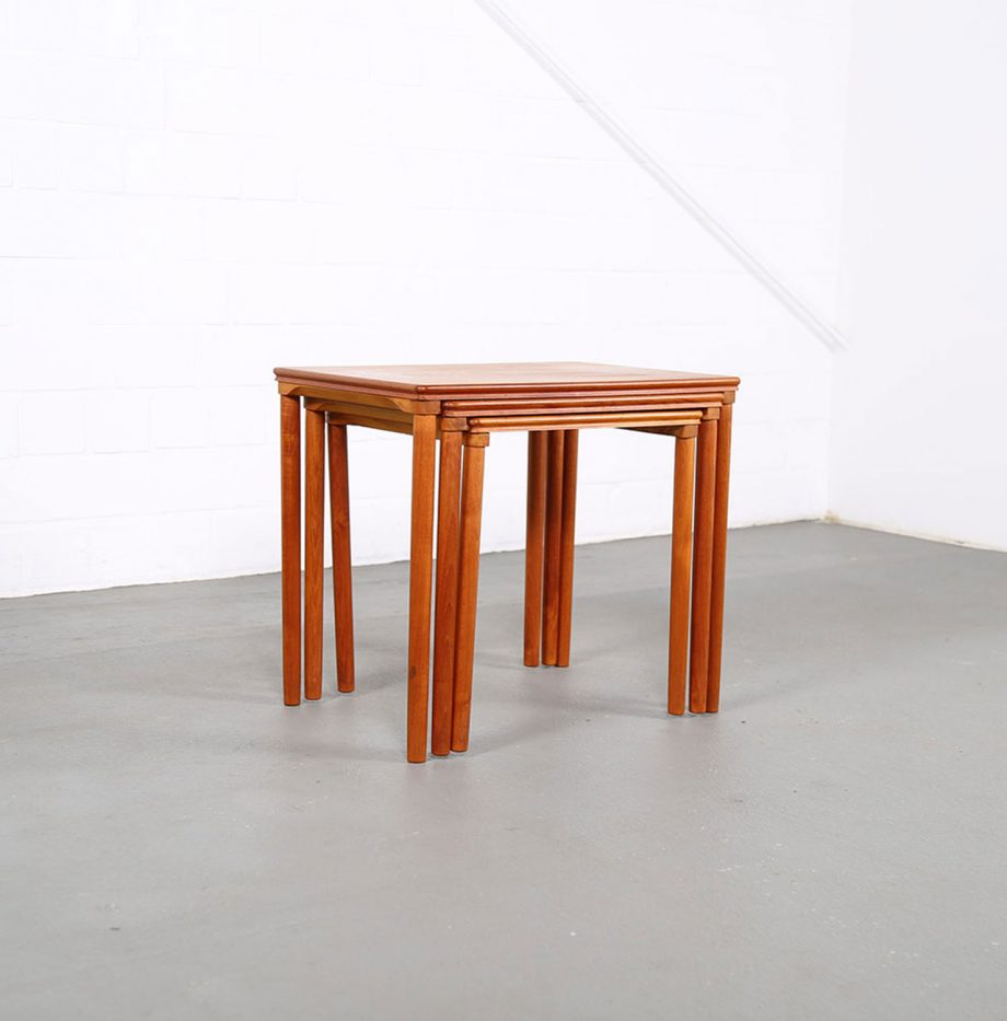 Danish_Teak_Nesting_Tables_EW_Bach_Mobelfabrikken_Toften_1960_Satztische_04