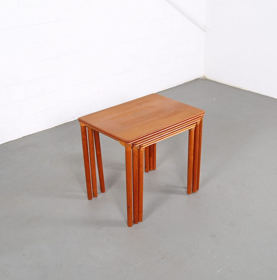 Danish_Teak_Nesting_Tables_EW_Bach_Mobelfabrikken_Toften_1960_Satztische_05