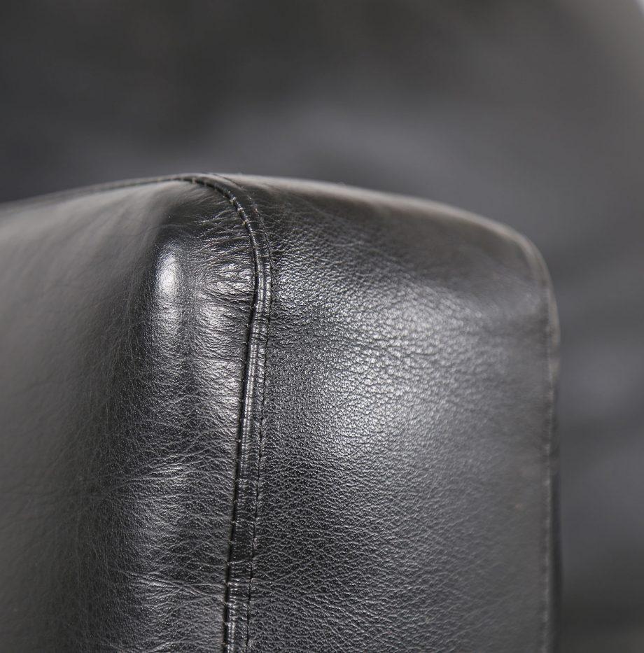 De_Sede_RH_302_Trix_Robert_Haussmann_Ledersessel_Leather_Easy_Chair_schwarz_chrom_Hans_Kaufeld_06