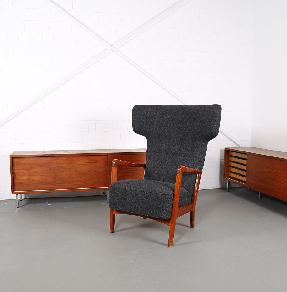 Fritz_Hansen_Soeren_Hansen_Hammerhead_Wingbackchair_50er_1951_Danish_Design_Kvadrat_Wool_Teak_Chair_01