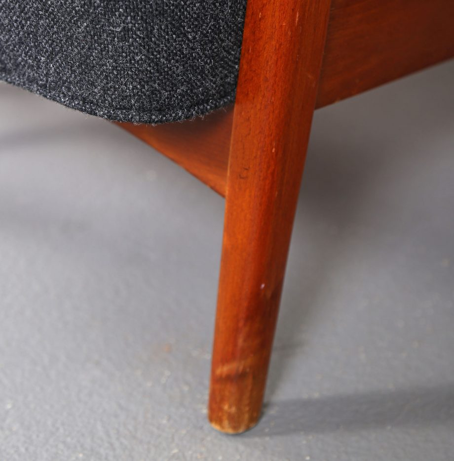 Fritz_Hansen_Soeren_Hansen_Hammerhead_Wingbackchair_50er_1951_Danish_Design_Kvadrat_Wool_Teak_Chair_10